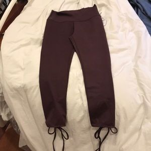 Burgundy Cropped Yoga Pants